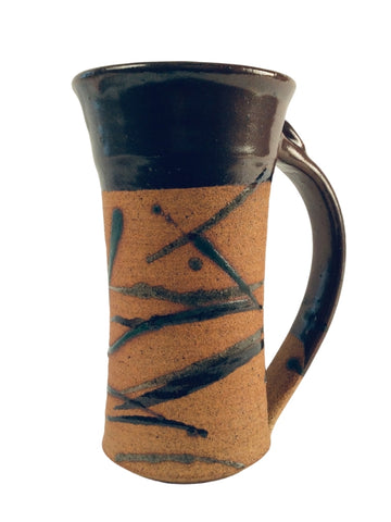 TEXTURED STEIN WITH BROWN RIM