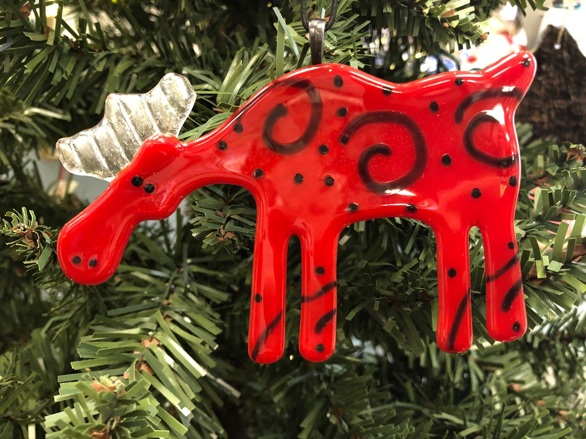 RED SPIRAL MOOSE ORNAMENT
