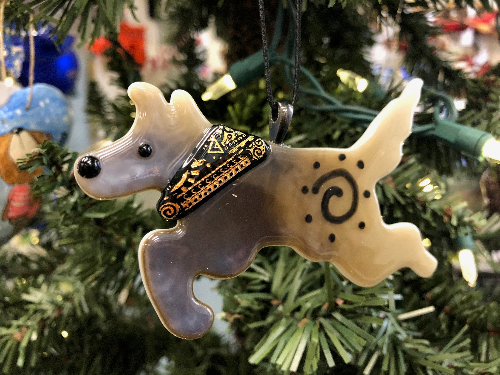 ADVENTURE DOG ORNAMENT