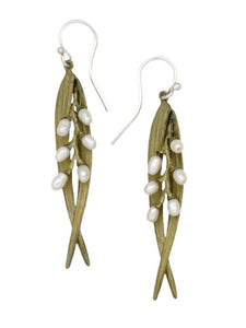 RICE LEAF AND PEARL DANGLE EARRING