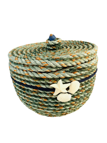 LIDDED LONGLINE BASKET WITH SHELL AND STARFISH EMBELLISHMENT