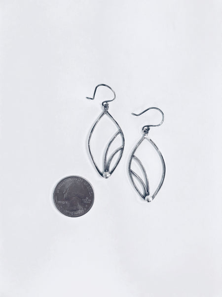 LYSICHITON EARRINGS