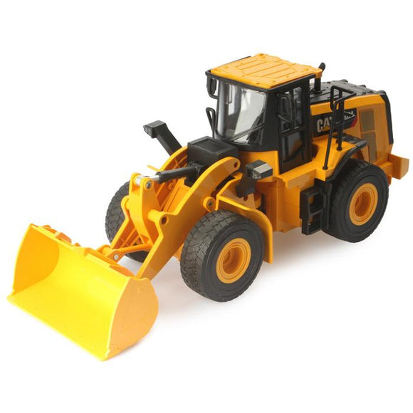 Diecast Masters - CAT 1/24 Scale RC 950M Wheel Loader
