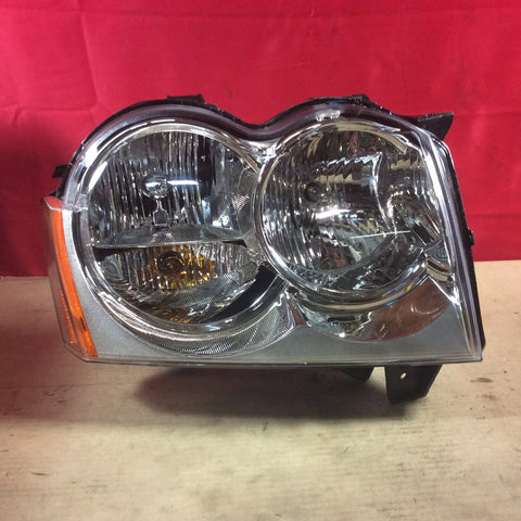 05-07 Grand Cherokee WK Headlight Headlamp Right Passenger Side Clear Lens RH