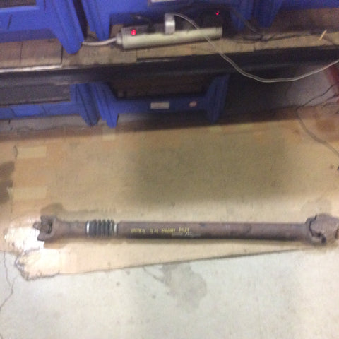 03-06 Jeep Wrangler TJ Front Driveshaft 2.4L MT Drive Shaft Dana 30