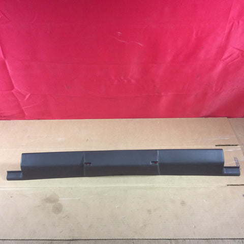 03-06 Jeep Wrangler TJ LJ Front Windshield Upper Trim Molding 5HE52DX9AD