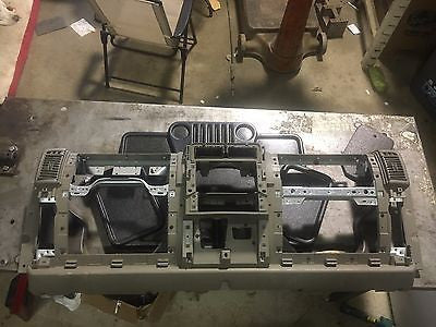 03-06 Jeep Wrangler TJ Instrument Dash Board Panel Assembly Tan Sand Factory OEM