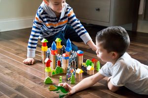 5 Benefits of Imaginative Play