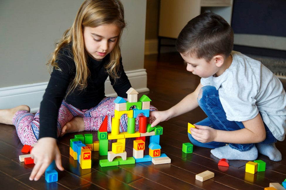 Build Self-Confidence and Social Skills with Imaginative Play