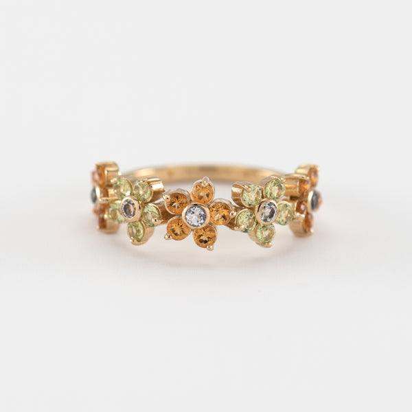 Cassia Peridot gold ring front view
