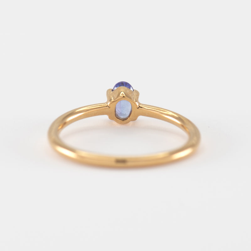 Tanzanite Gold ring Violet back view