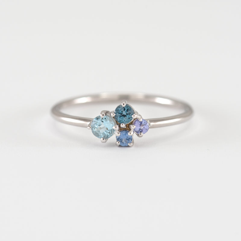 Aquamarine, sapphires, and tanzanite white gold ring Cora