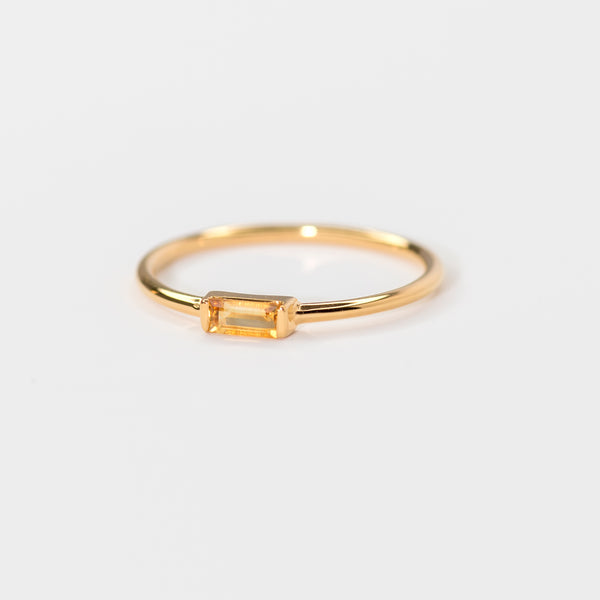 Citrine on gold band Tilda