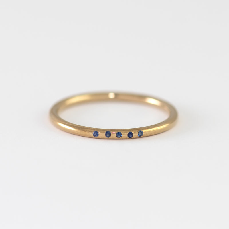 Blue Sapphires on Gold band Victoria