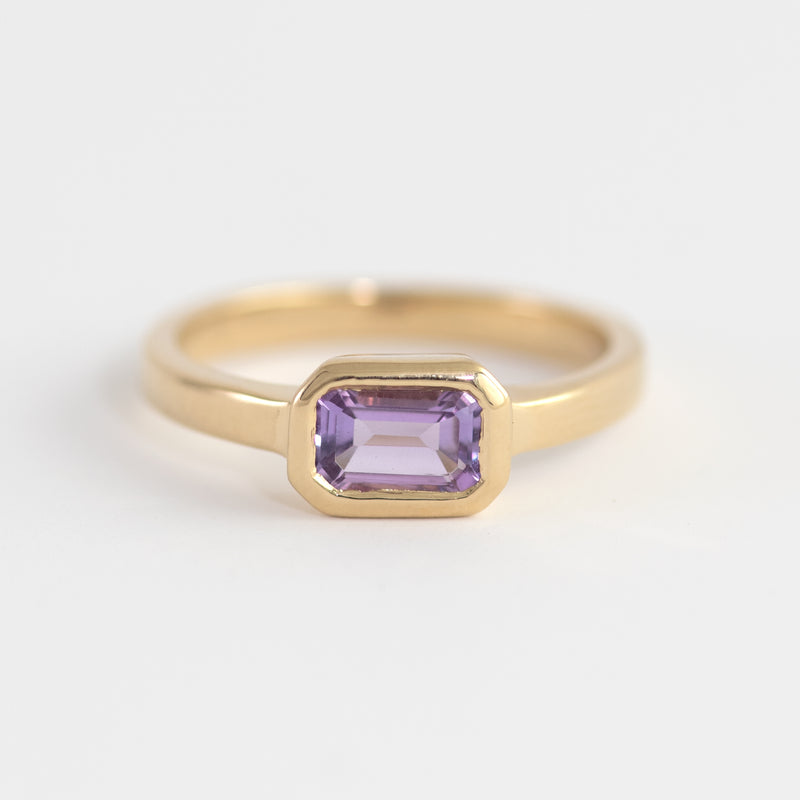 Isabel Amethyst gold ring