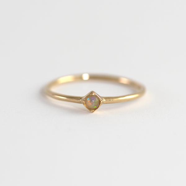 Opal on Gold ring Ali