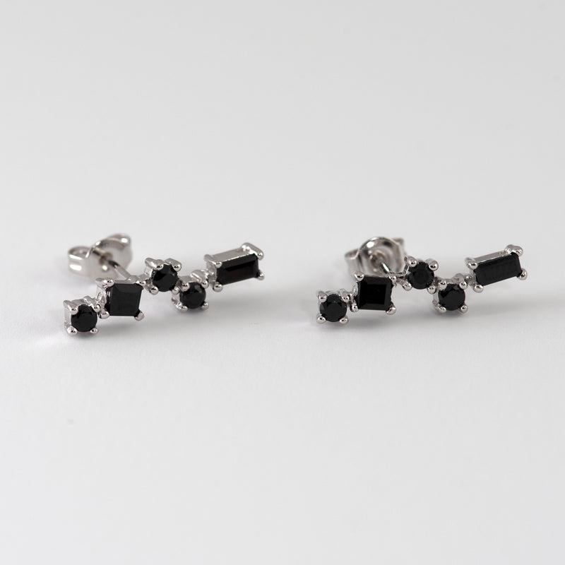 Pru Black Spinel on White gold setting