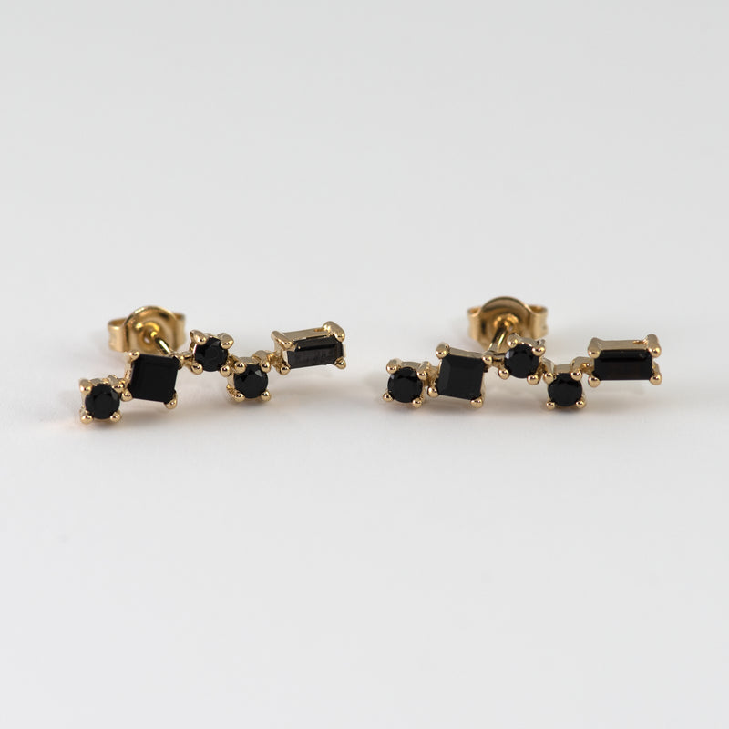 Pru Black Spinel on gold setting
