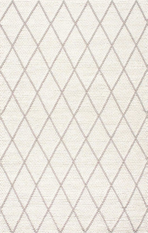 Argus Textured Trellis Rug in Ivory and Grey