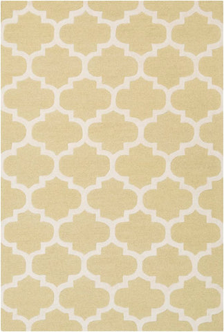 Classic Trellis Rug in Butter and Cream - Yarn and Loom Rugs