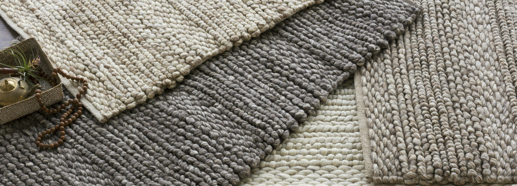 Solid and Textured Rugs