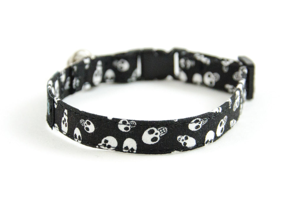 Cat collar in Nucka