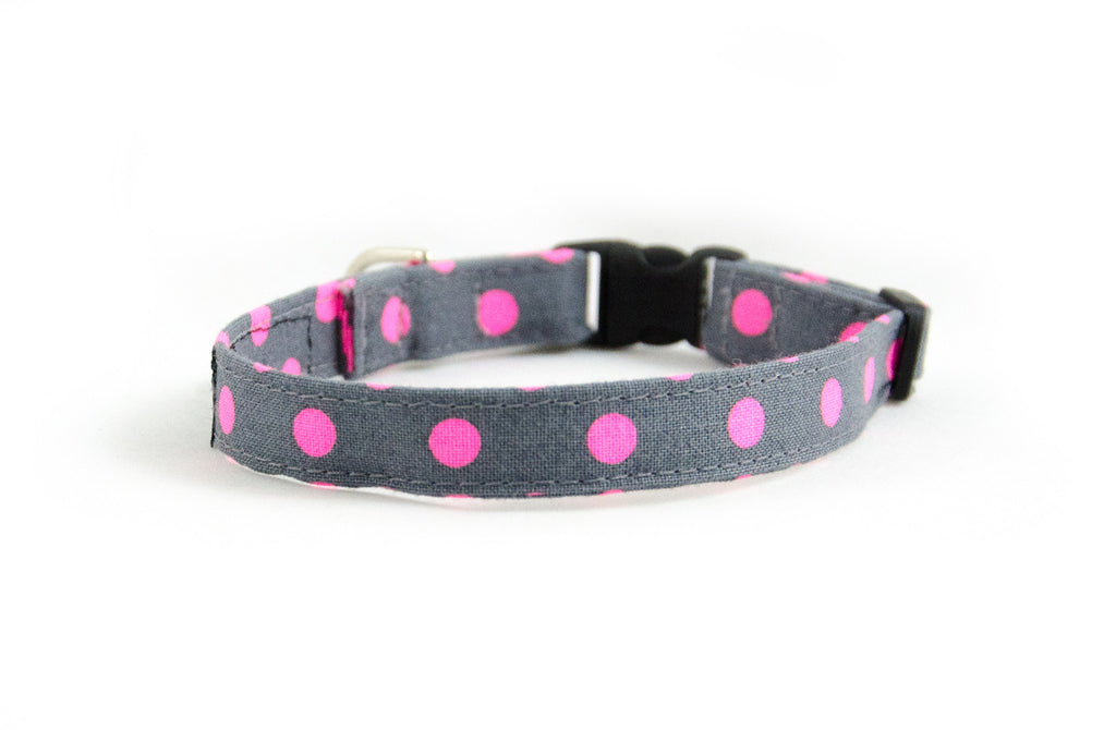 Extra Small Dog Collar in Zoe (pink)