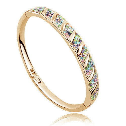 Rhinestone Circle Cuff Bangle