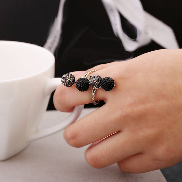 Black Silver Peas Ring