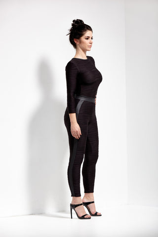 Black Mystique Conwave Knit Crop Pant