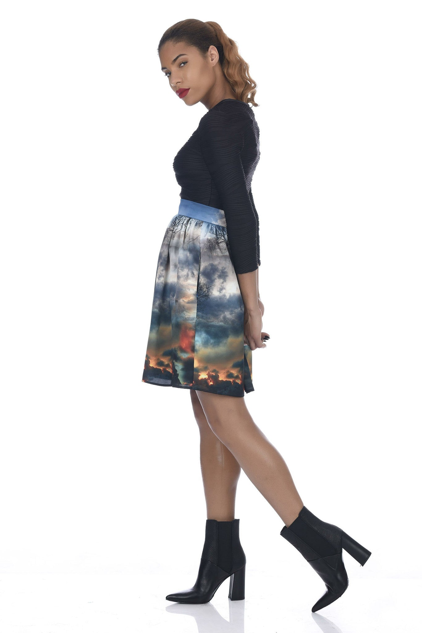 Chaos Print Knee Length Skirt