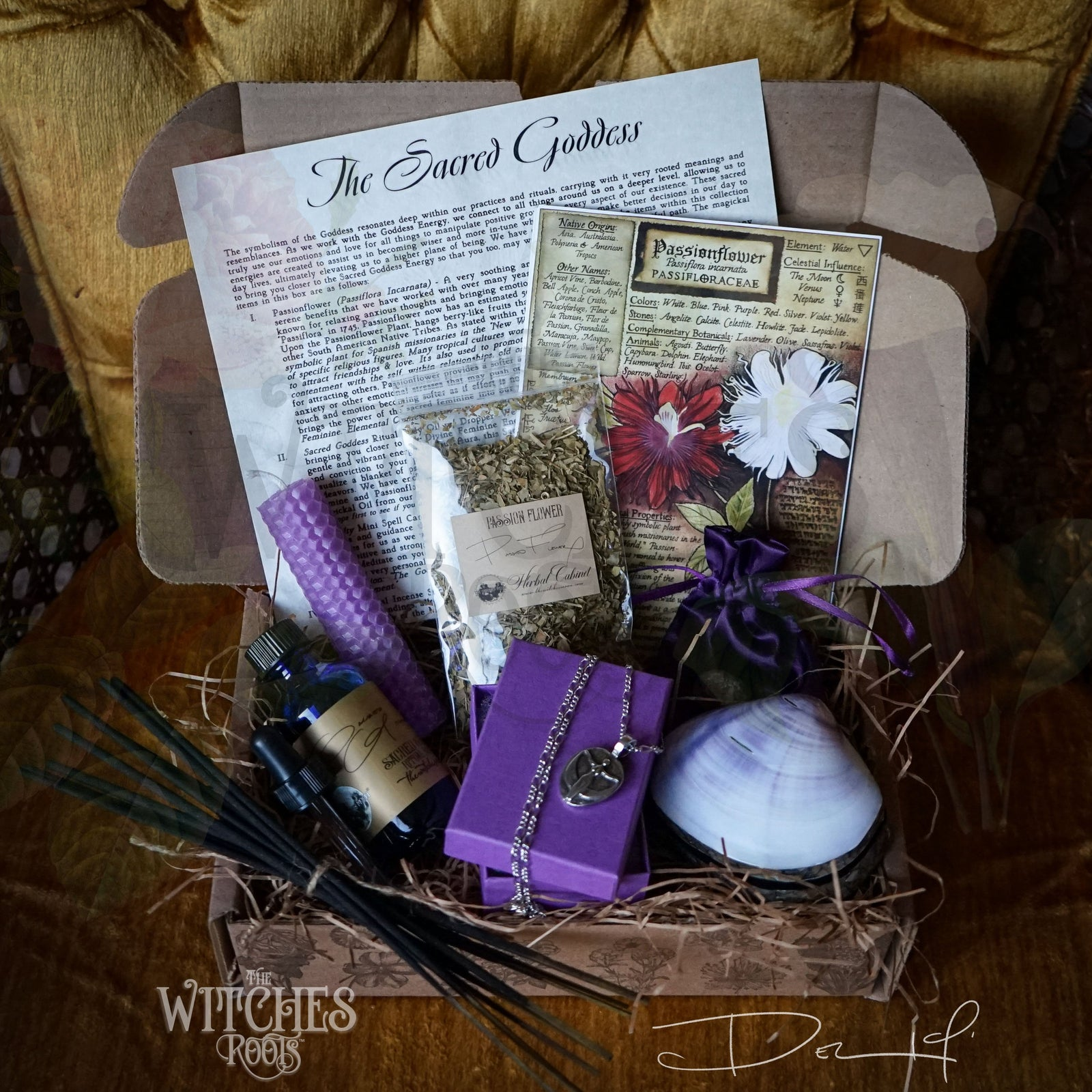 The Witches Roots™ - The Sacred Goddess - December 2019