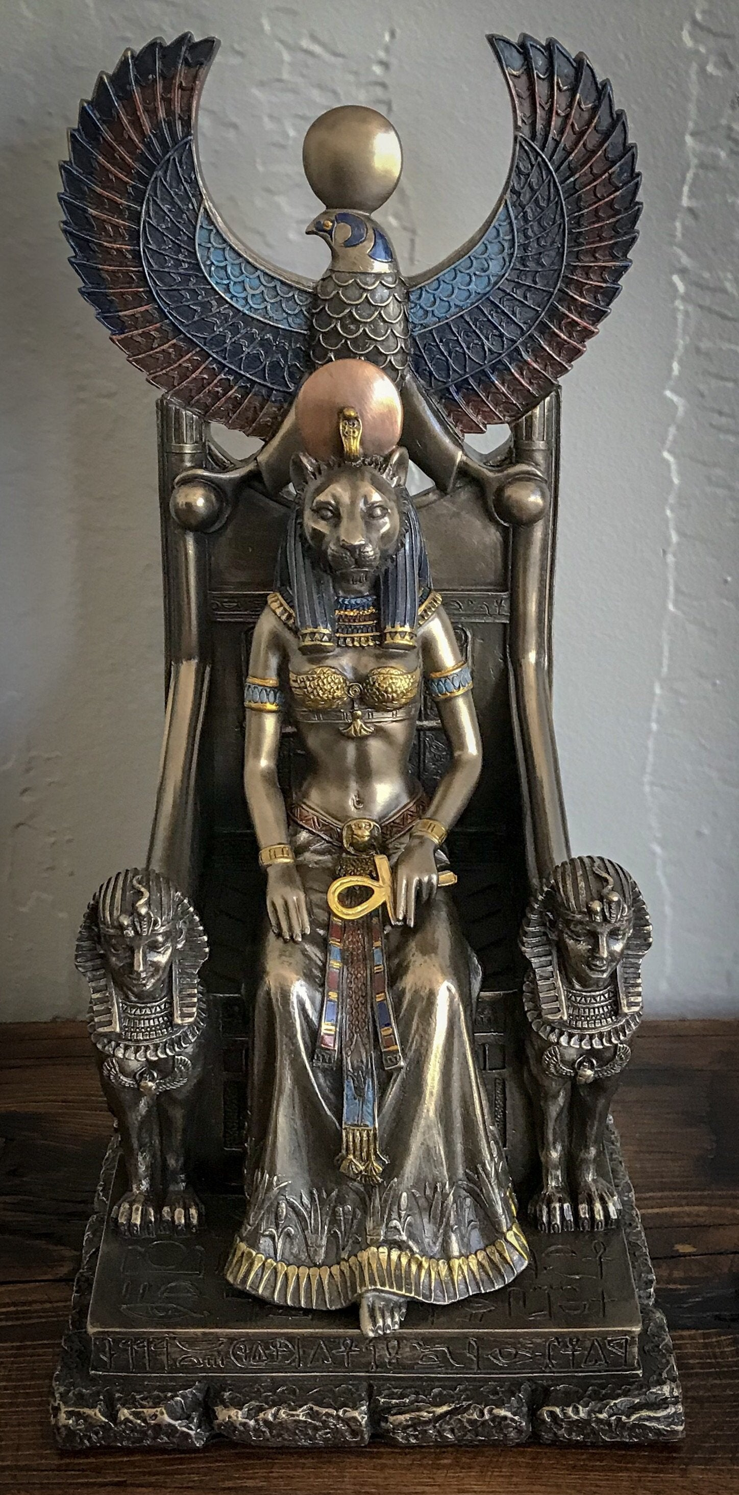 Sekhmet in Throne