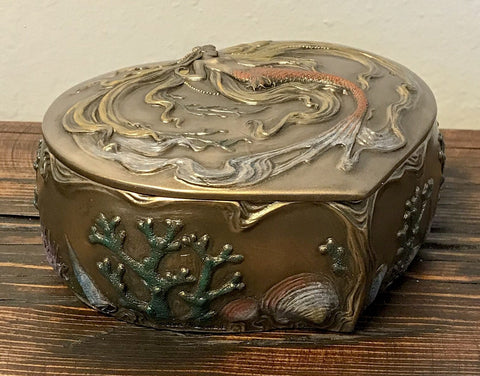 Mother of Pearl Shell Box (Small)