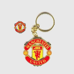 MANCHESTER UNITED - Keyring and Pin Badge