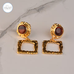 Earnings - Brown Stones