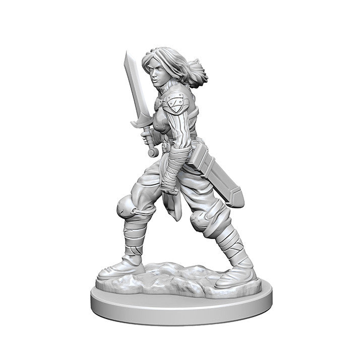 Pathfinder Deep Cuts™ Unpainted Miniatures: 72597 Human Female Fighter