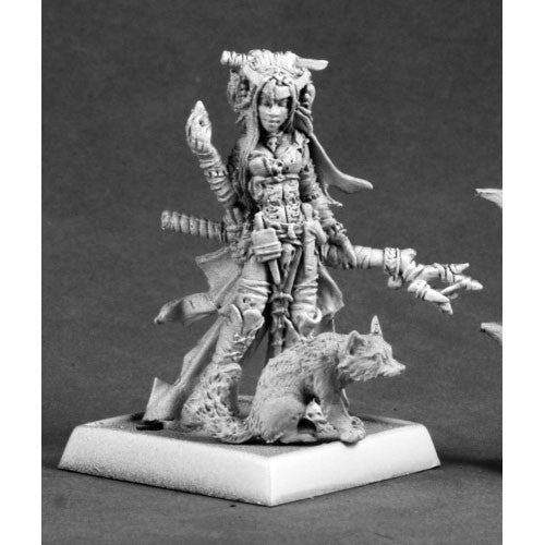 Reaper Pathfinder Miniatures: 60048 Feiya, Iconic Witch & Fox Familiar
