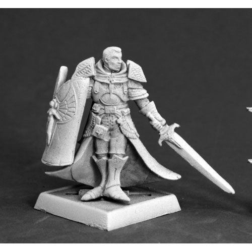 Reaper Pathfinder Miniatures: 60111 Holy Vindicator
