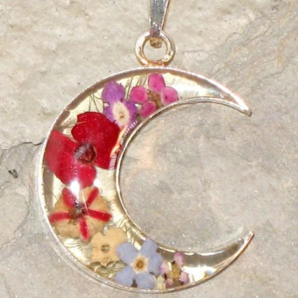 Real Flower Moon Pendent - Poppy