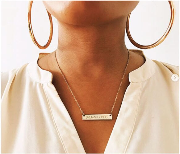 Woman neckline with necklace