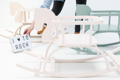 Rocking horse - Powder Pink