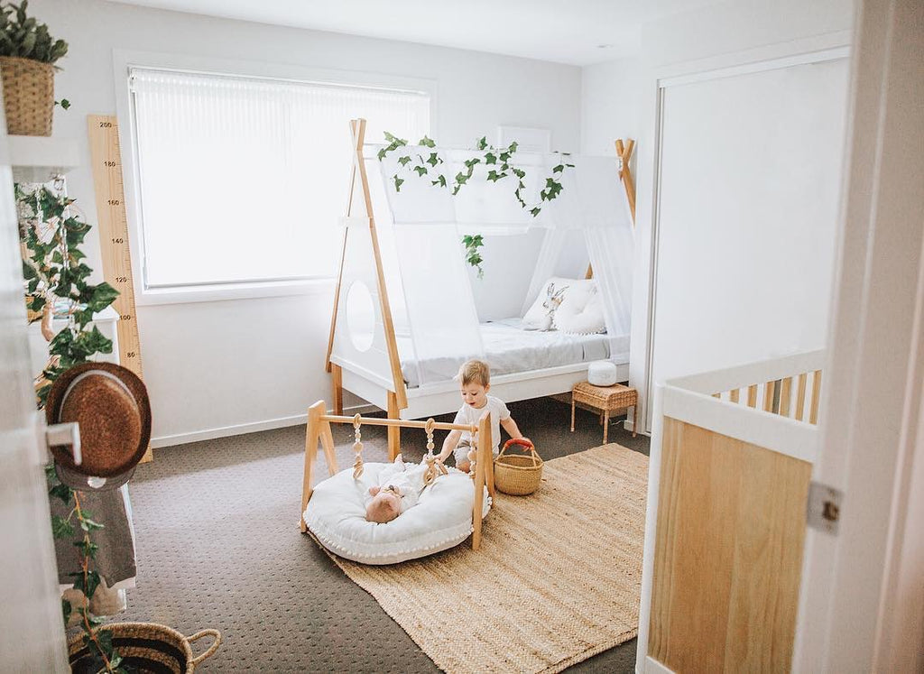 Hudson & Oscar's Shared Bedroom featuring Modern Monty's Deluxe Simply Scandi Baby Gym