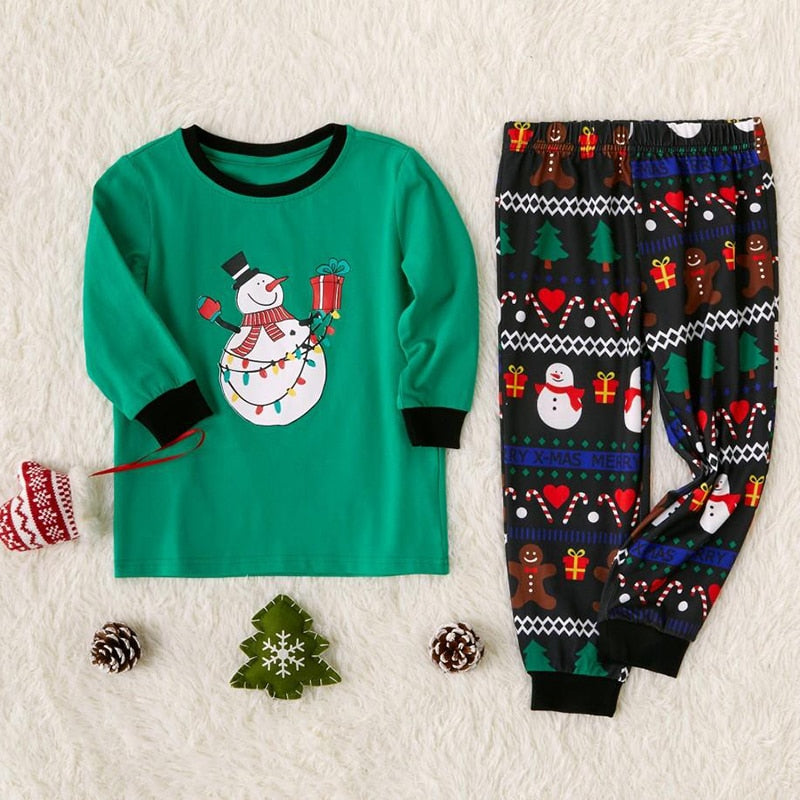 Christmas Family Pajamas Set - Green