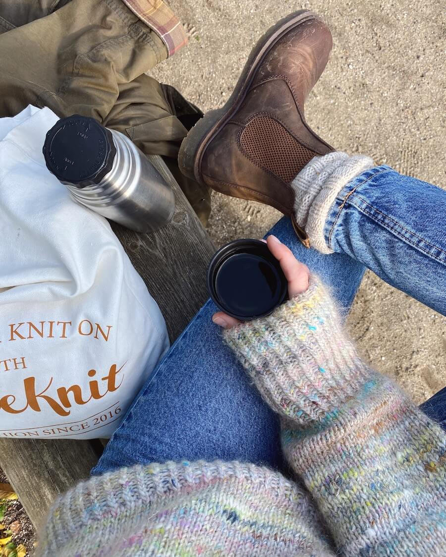 GET YOUR KNIT ON-tote bag