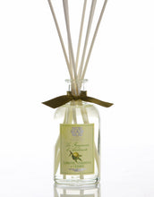 Load image into Gallery viewer, Lemon, Verbena and Cedar Reed Diffuser