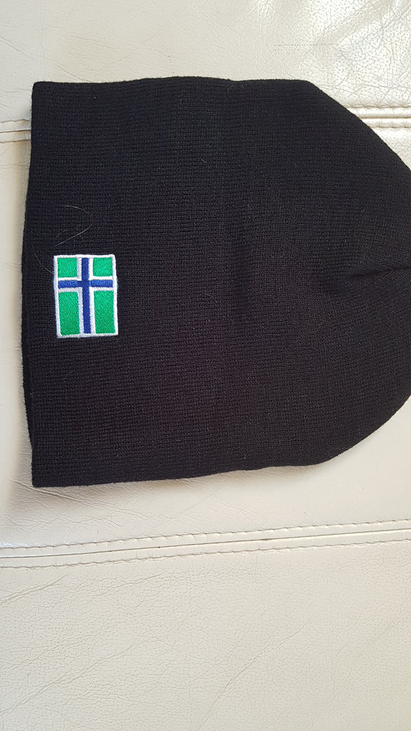 Pull on South Uist beanie in Black