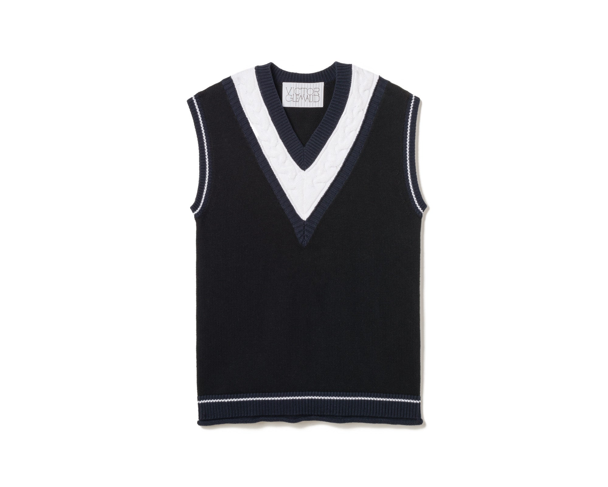 CABLE-KNIT PANELED VEST – NAVY