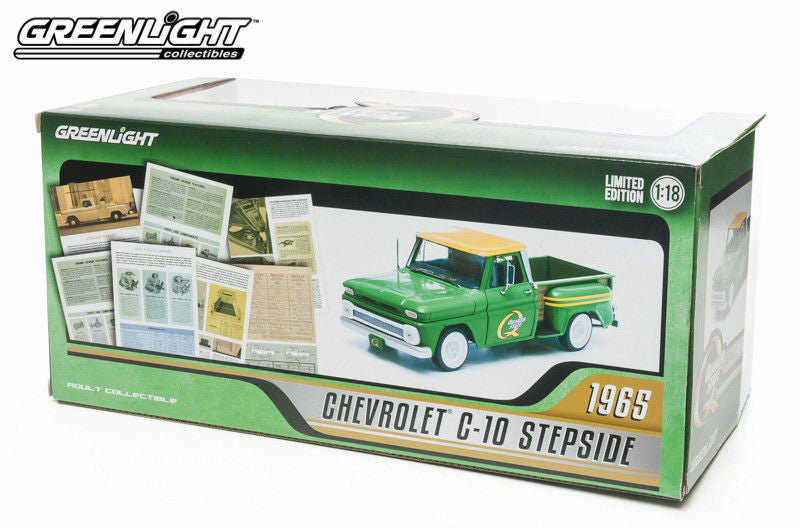 GREENLIGHT 1:18 1965 GREEN CHEVY C-10 STEPSIDE QUAKER STATE PICK UP TRUCK