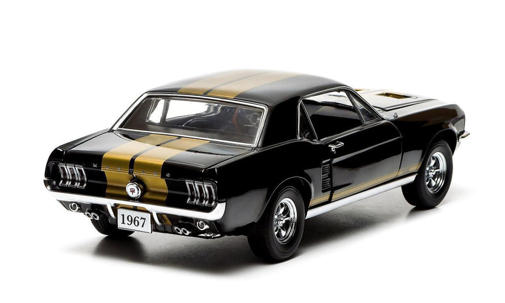 GREENLIGHT 1:18 FORD 1967 BLACK MUSTANG W/ GOLD STRIPES DIECAST MODEL CAR